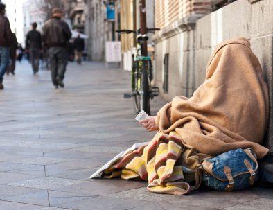 aiuti ai senza tetto